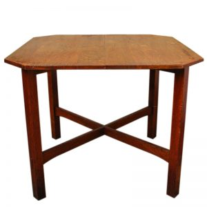 L&jg Stickley  Clip Corner Table  |  F114