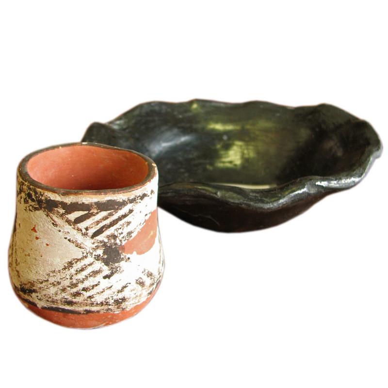 Native American  Ceramic Vessels     F8189