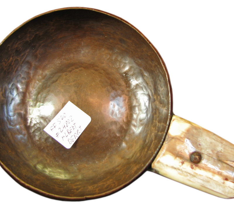 Albert Berry  Handled Dish  |  FF500